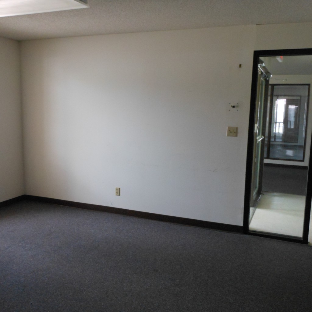 Basement Before - Missouri Coalition for Community Behavioral Healthcare